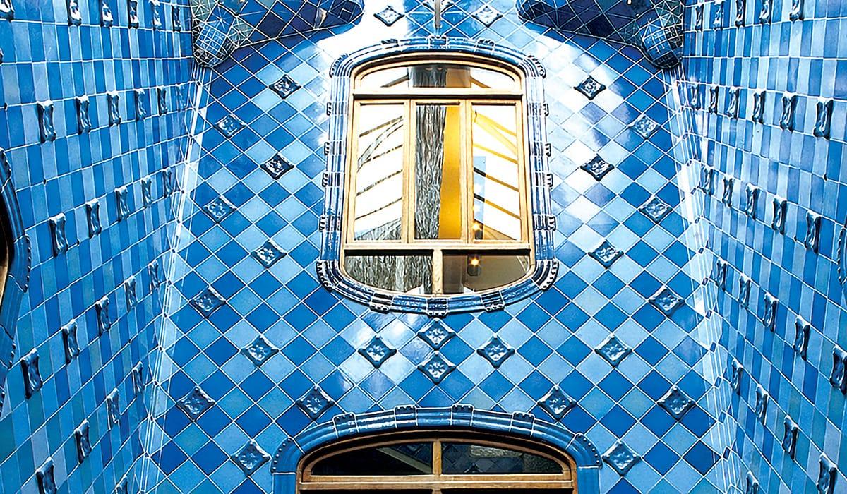 Interno della Casa Batlló di Antoni Gaudí, edificio modernista