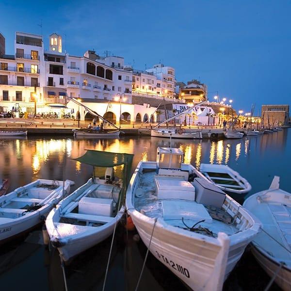 Borghi marinari Catalunya: porto al tramonto