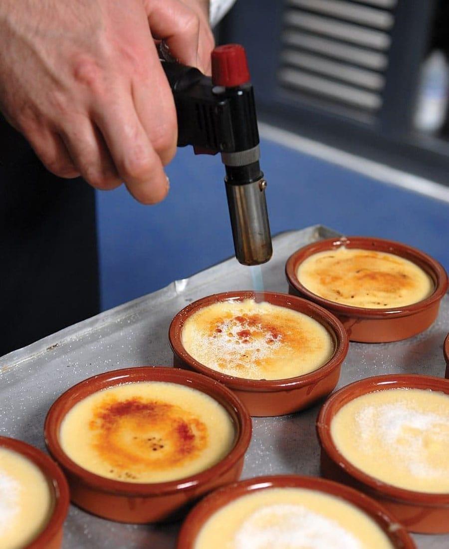 Crema catalana preparazione