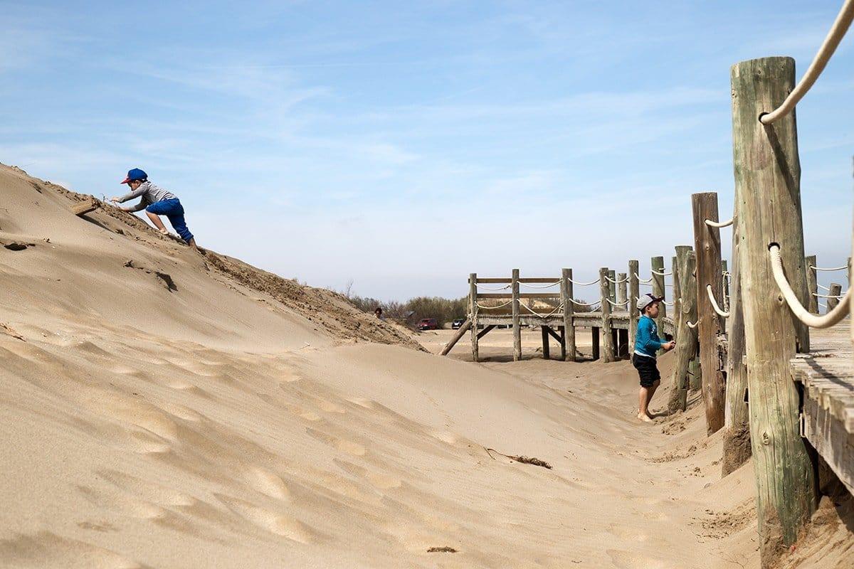 Delta de l'Ebre bambini in spiaggia