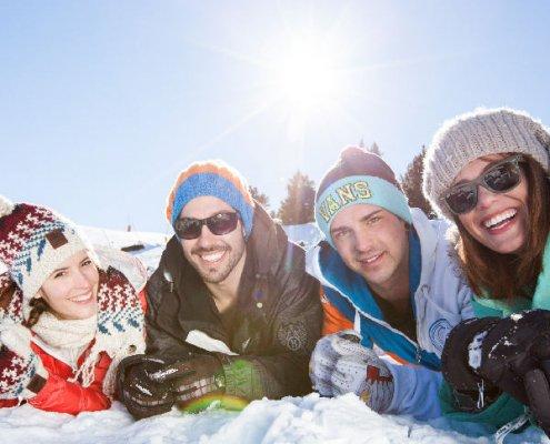 Sciare sui Pirenei: sciatori in Catalogna