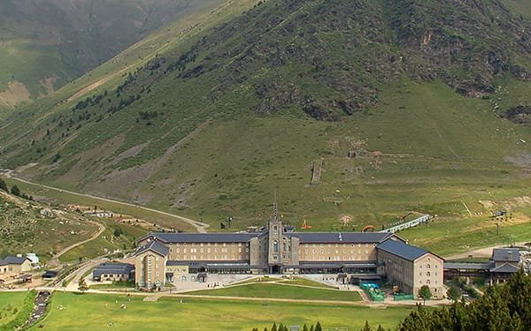 Santuario della Vergine nella Valle di Núria, Pirenei