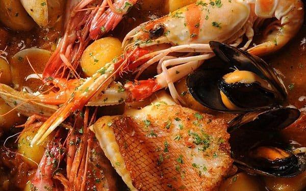 Suquet de Peix zuppa di pesce catalana