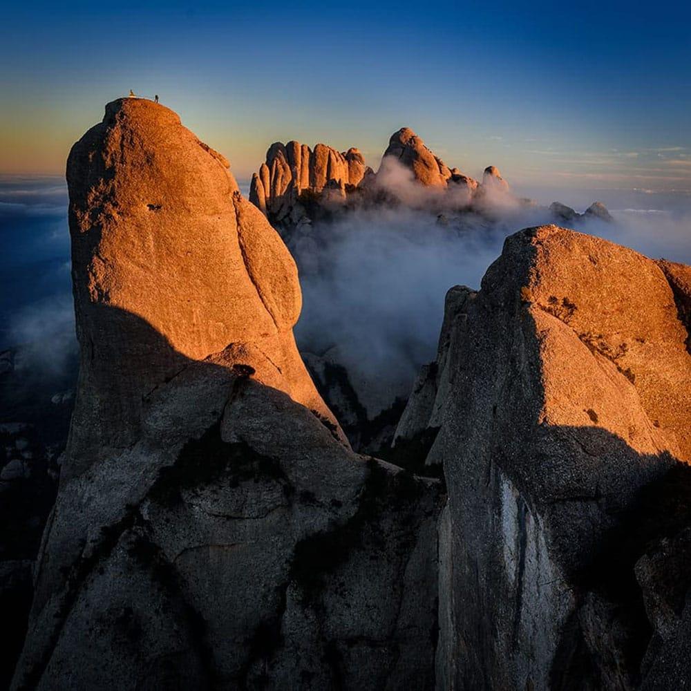 Trekking a Montserrat vista alto montagne
