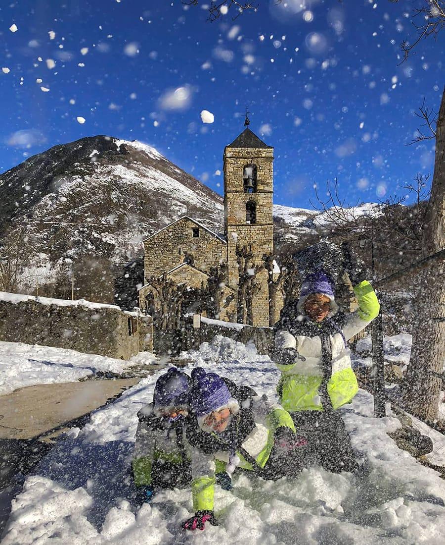 Vall de Boí bambini neve