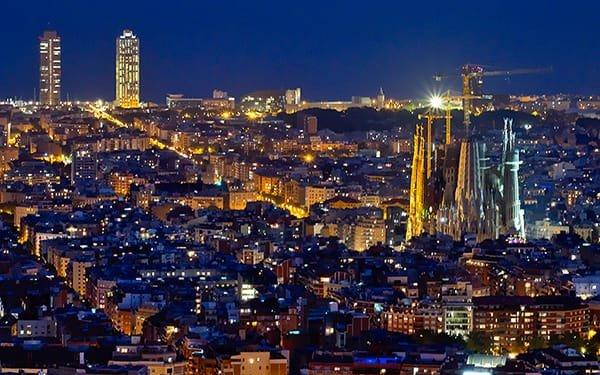 Vista notturna Barcellona