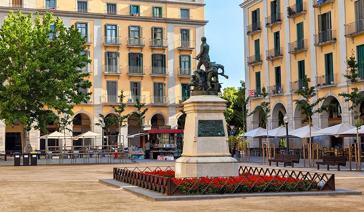 Plaça de la Independència a Girona