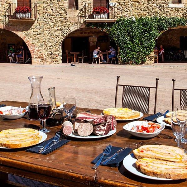 Eventi gastronomici in Catalunya pranzo all'aperto