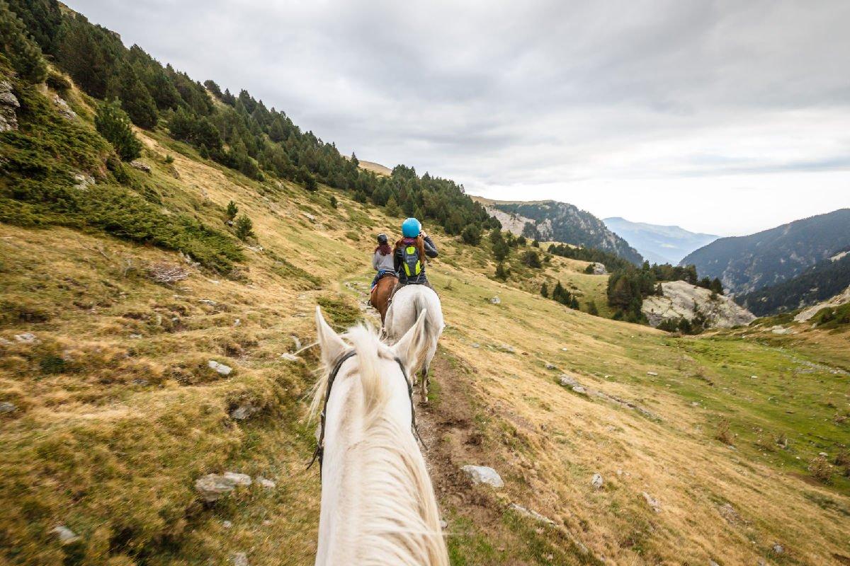 A cavallo per la Vall de Núria