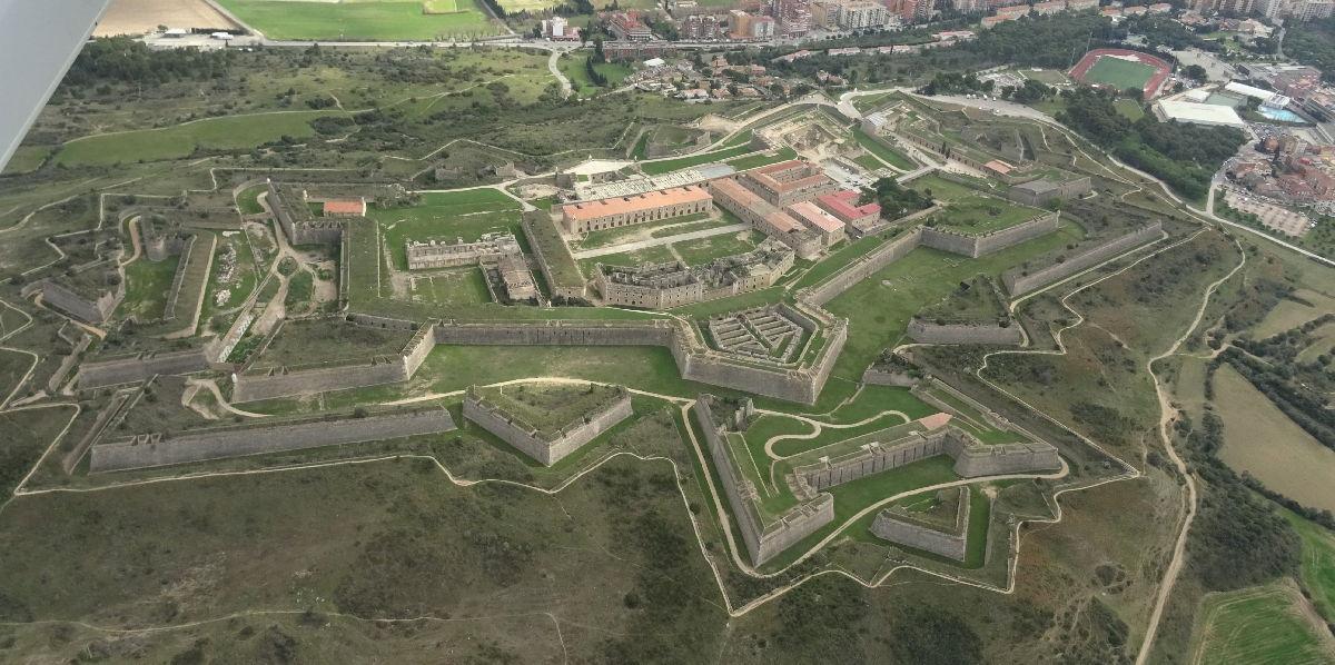 Castello di Sant Ferran veduta aerea