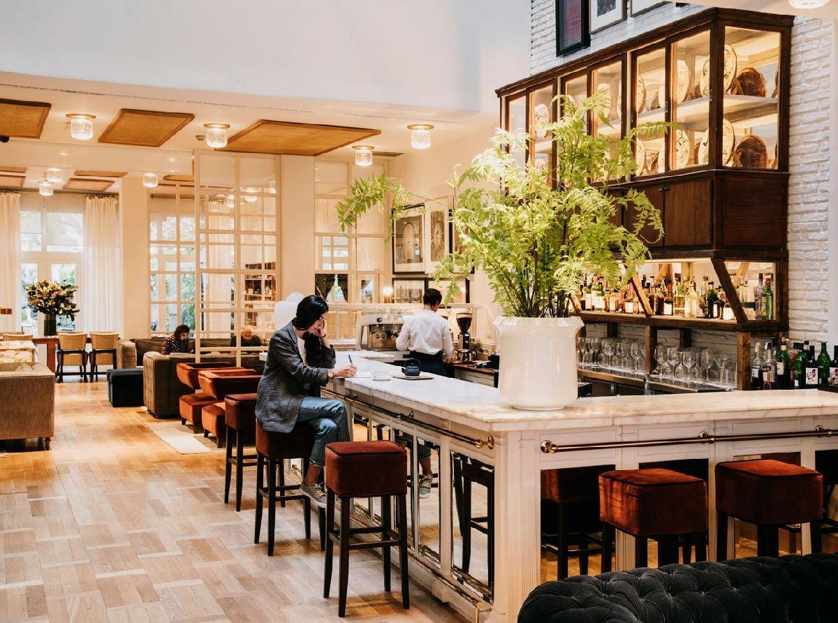 Hotel Pulitzer Barcelona lobby