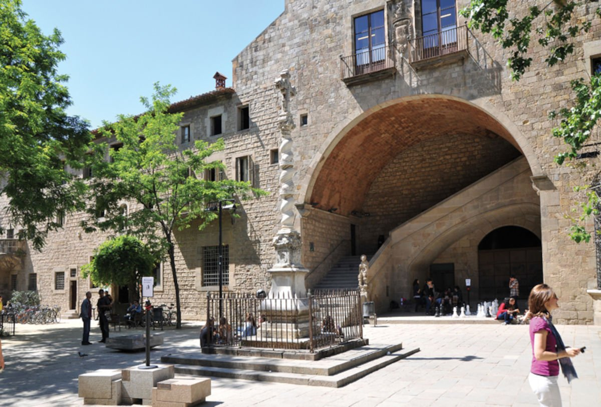Esterno dell'Antic Hospital de la Santa Creu