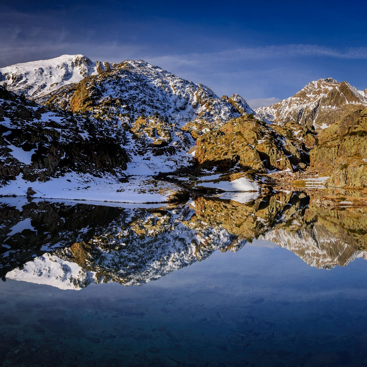Lago di Certascan negli Alt Pirineu