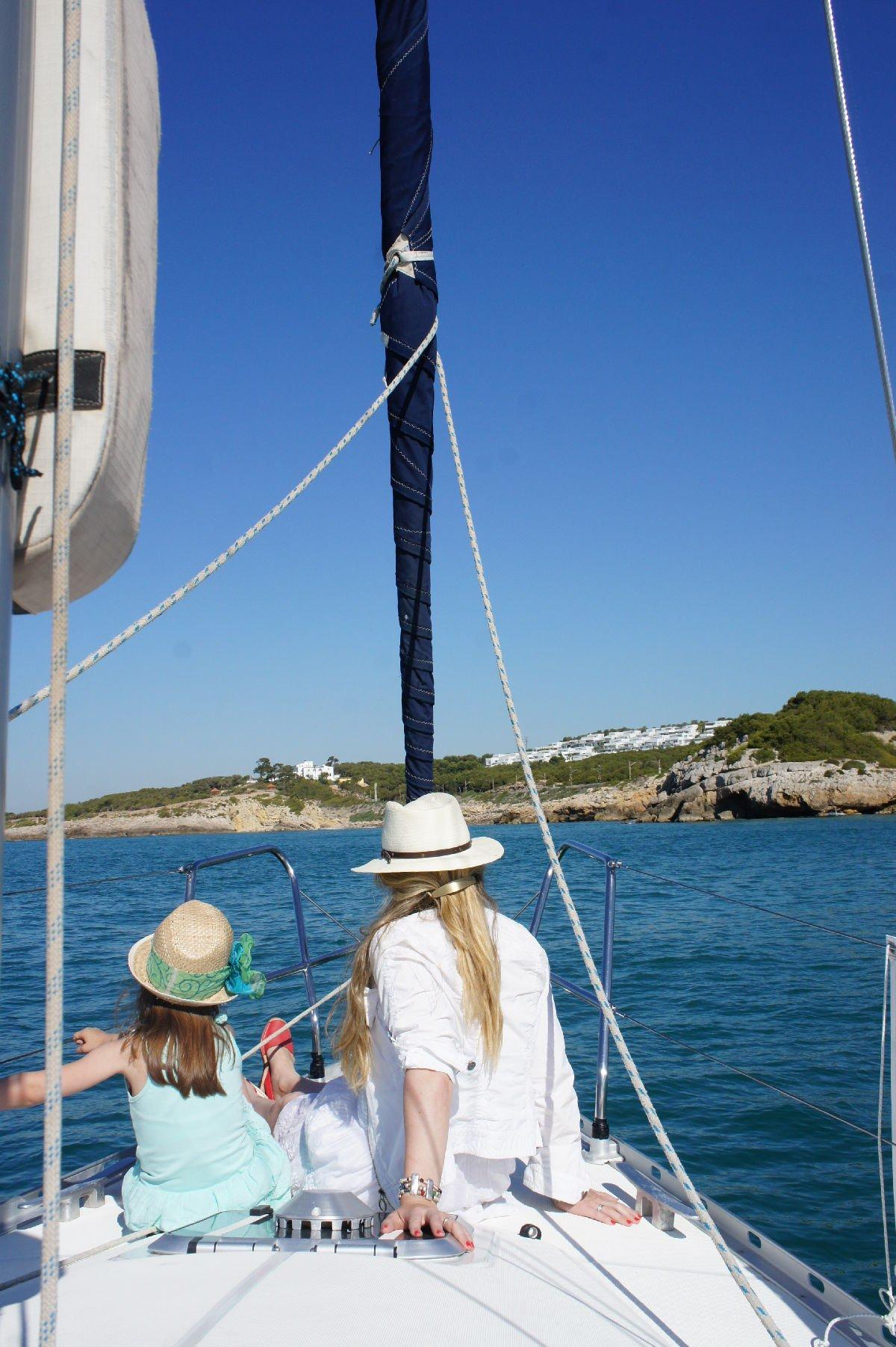 In barca a vela a Vilanova i la Geltrú