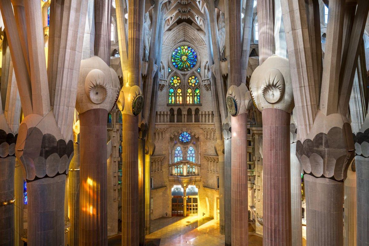Interno della Sagrada Família