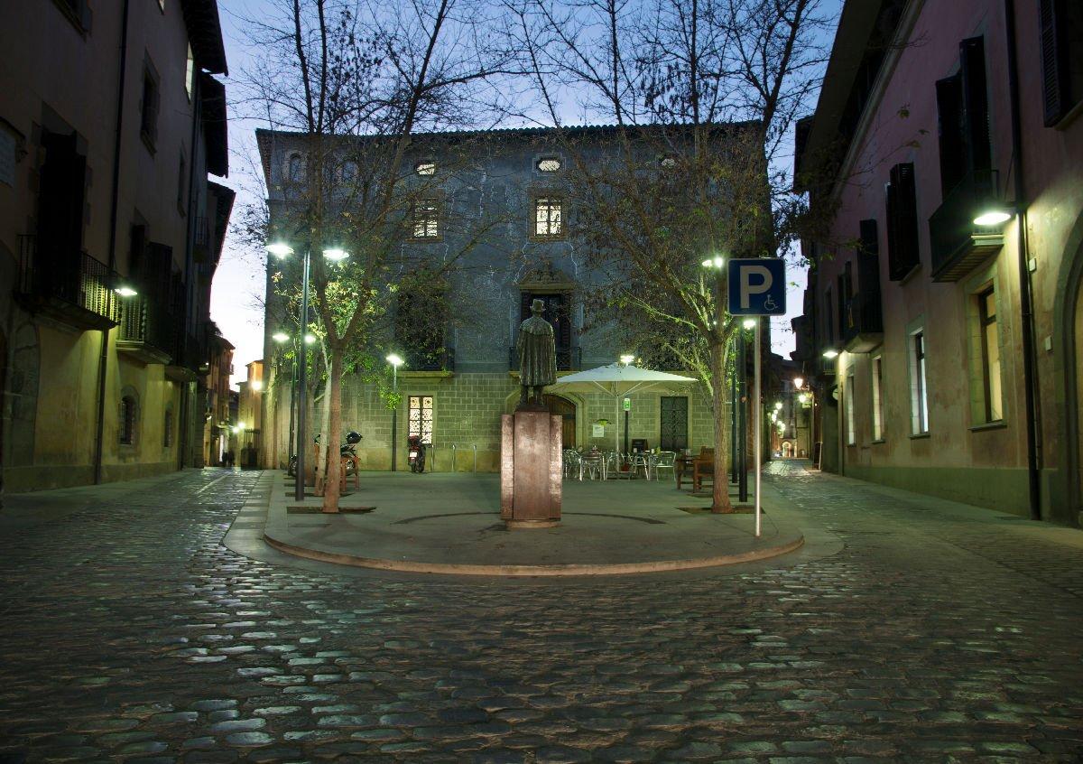 Plaça Don Miquel de Clariana a Vic