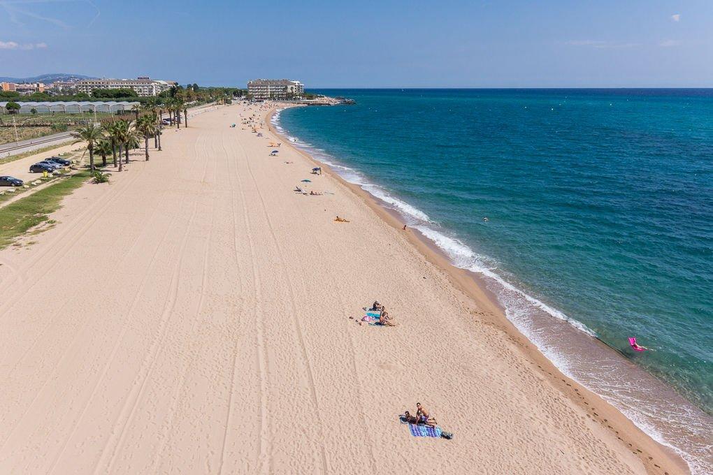 Una veduta della spiaggia di Santa Susanna