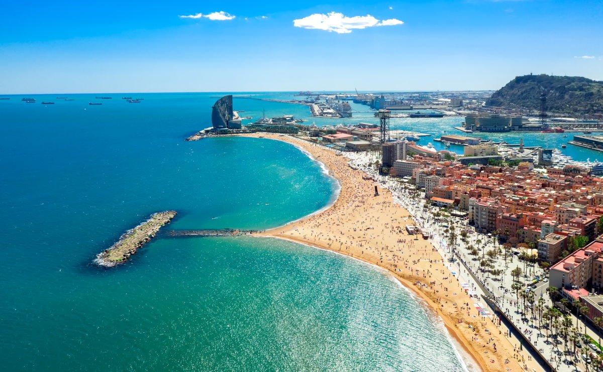 Vista aerea di Barceloneta