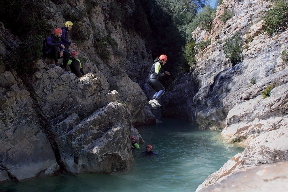 Sport d'acqua in montagna, canyoning
