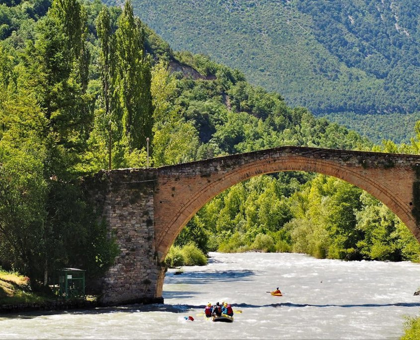 Rafting e sport d'acqua nella zona di Sort